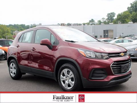 Pre-Owned 2017 Chevrolet Trax LS FWD Sport Utility